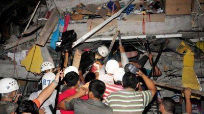 Emergencia en Ecuador: movilizaron a 13.500 agentes de fuerzas de seguridad