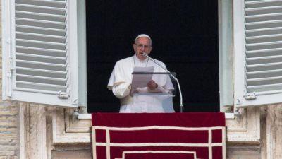 """El dolor del Papa por aquel esposo refugiado que """"lloraba tanto"""""""