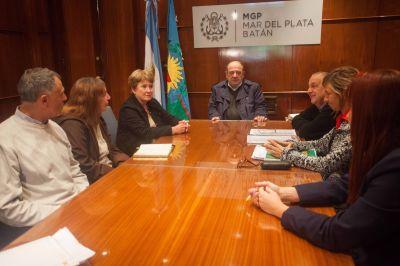 Arroyo y consejeros escolares acordaron los trabajos que realizará el ENOSUR