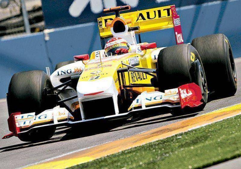 Alonso se dio un gusto en Valencia