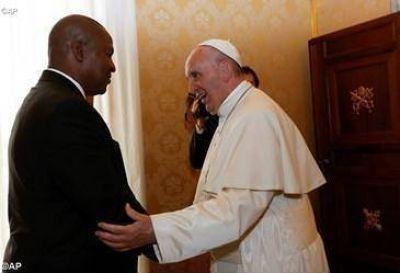 El Papa Francisco recibe al presidente de la República Centroafricana, Faustin-Archange Touadéra