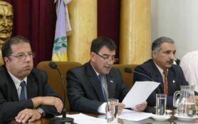 Tras las críticas, el Intendente de Azul dejó sin efecto su aumento de sueldo del 34%
