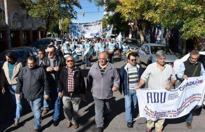 Los despidos de Macri juntaron a todos los gremios en la protesta