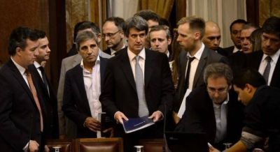 Carrió empuja a Prat Gay para pelear la presidencia en 2019