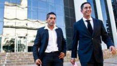 Emiliano Vargas Aignasse presentó ante la Cámara los resultados de sus análisis bioquímicos