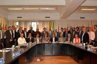 Planteo chaqueño: Belgrano Cargas, Gasoducto, Acueducto y Autovía Ruta 16