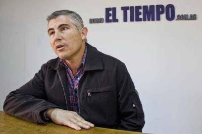 �Han transcurrido 120 d�as de gobierno y la gesti�n municipal todav�a no lleg� a ning�n barrio de Azul�
