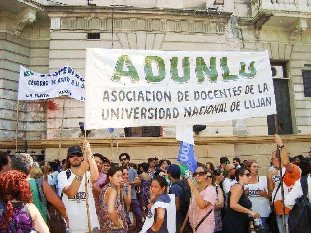 Docentes universitarios ratificaron nuevo paro