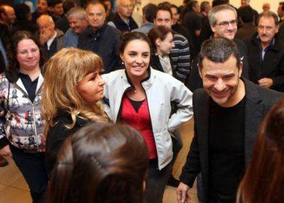 Galuccio estuvo en Barrancas con los trabajadores de YPF