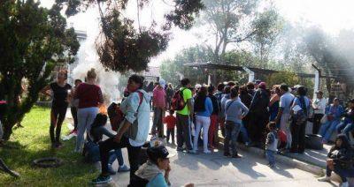 Protesta por tierras en el Concejo Deliberante