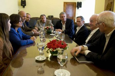 Empresarios se interiorizaron sobre proyectos mineros en la provincia