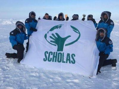 El Papa Francisco apoya la primera Expedición Argentina 2016 al Polo Norte