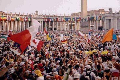 Tres días de alegría en Roma para 60 mil adolescentes que festejan su jubileo