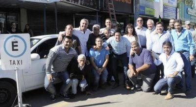 En medio de la discusi�n por Uber, Nardini meti� mano en el transporte de pasajeros local