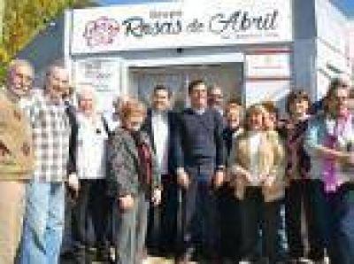 Berisso: Nedela junto al titular del IPS recorrieron el Centro Rosas de Abril