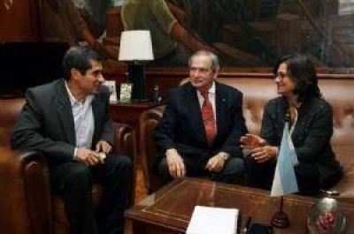Corpacci se reunió con tres ministros del Gobierno nacional