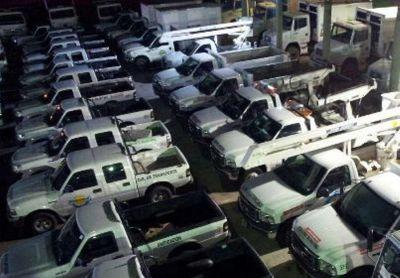 Funcionarios quintelistas aseguran que entregaron el parque automotor completo
