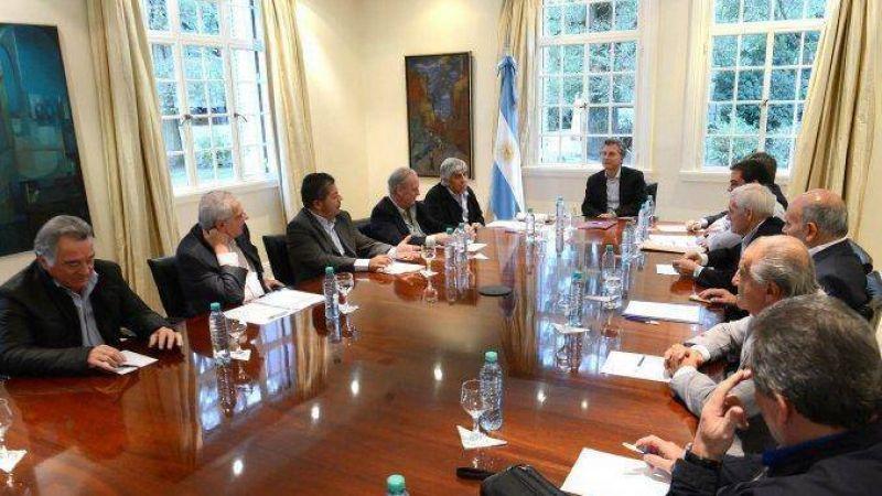 Gremios advierten que harán paro general si Macri veta la ley antidespidos