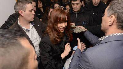 Cristina Kirchner volvió a una Santa Cruz en crisis