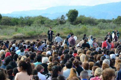 El Gobierno provincial entregó 600 nuevos hogares en La Punta