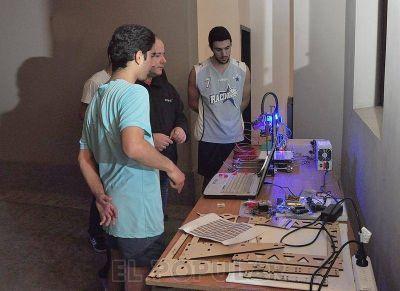 La cultura del Software Libre dijo presente en Olavarría