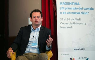 El dirigente José Urtubey disertó ante estudiantes argentinos en Nueva York