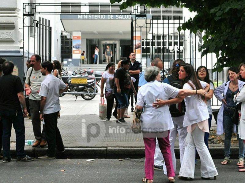 Médicos bonaerenses vuelven a parar tres días en reclamo de mejoras salariales