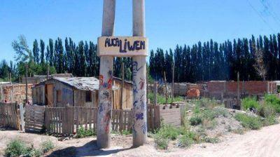 Siguen pagando tasas pese a que sus tierras han sido ocupadas