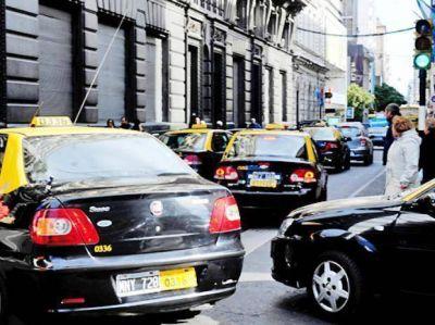 Si el Concejo lo ratifica, la tarifa de taxis aumenta 30 por ciento desde el lunes