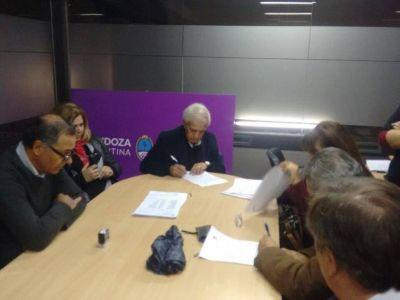 ATE cada vez más solo: ATSA firmó el acuerdo salarial
