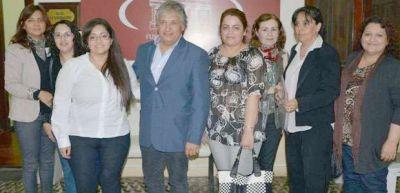 Bosetti recibió al colegio de escribanos de La Rioja