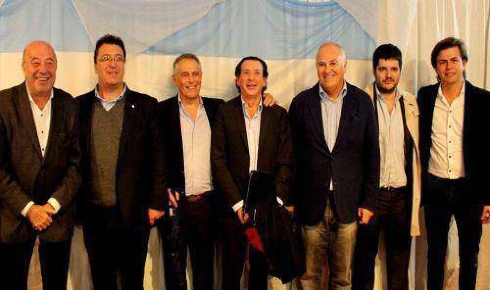 Con un discurso anti K, el peronismo PRO avanza en el conurbano