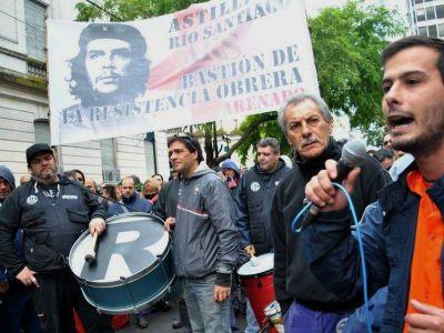 Miles de trabajadores de Astilleros marcharon de Ensenada a La Plata por mejoras salariales y laborales