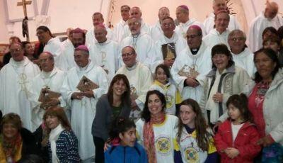 Obispos argentinos y chilenos invitaron al Papa a visitar la Patagonia