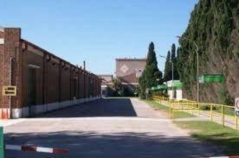 Cerámica San Lorenzo reincorporó a 37 trabajadores