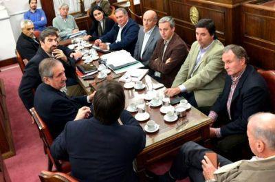 Producci�n: Por la emergencia, Schepens se reuni� con legisladores