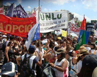 UNLu: protesta de los docentes universitarios
