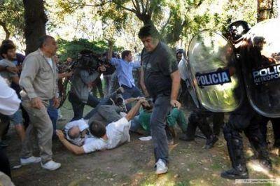 Borda: críticas a tres años de la represión