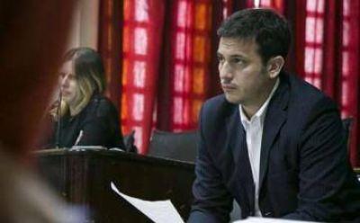 Julián Álvarez aseguró que sigue vigente el alerta roja sobre Grindetti en Interpol