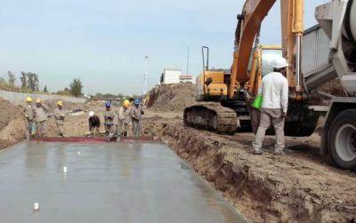 Anuncian obras hidra�licas por quince mil millones de pesos en la Provincia