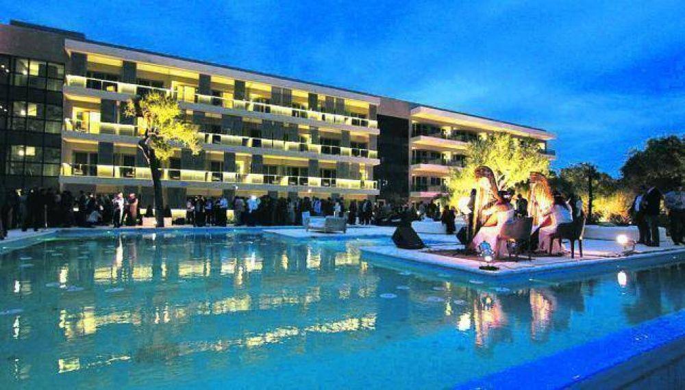 UPC defendió el gasto de $ 336 millones en el hotel casino