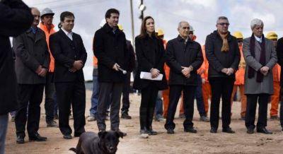 Vidal anunci� un millonario plan de obras hidr�ulicas por 15.000 millones