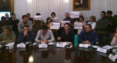 En medio de fuertes protestas, aprueban presupuesto de UBA con 0% de aumento