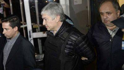 """Fuerte denuncia de Vialidad Nacional contra el grupo Báez y De Vido por """"enormes sobreprecios"""""""