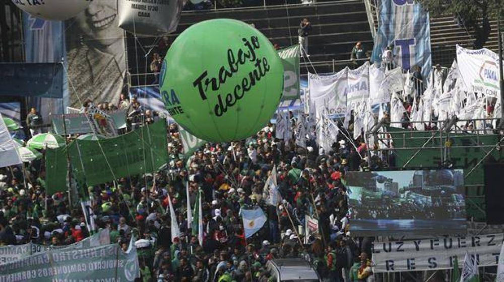 Así se ubicaron los distintos gremios y sectores políticos en la marcha de ayer