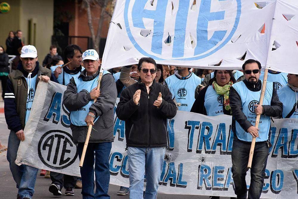 """ATE: """"es necesaria la unidad para enfrentar esta política"""""""