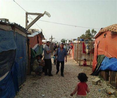 Los sirios sufren en el L�bano, un pa�s desbordado de refugiados