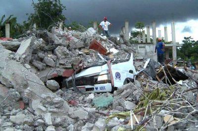 Ecuador privatizar� empresas estatales para financiar su reconstrucci�n