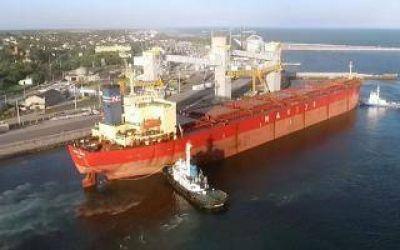 El Puerto Quequ�n vuelve a operar las 24 horas