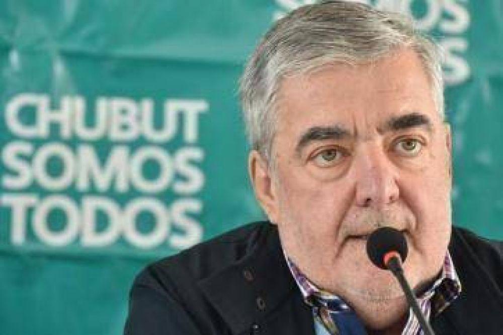 Mario Das Neves intimó a PAE